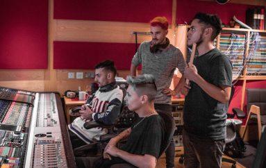"""PUM presenta su esperado nuevo álbum: """"Cruza El Laberinto"""""""