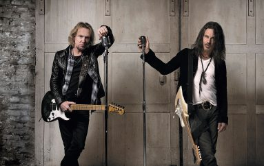"Adrián Smith y Richie Kotzen  lanzan ""TAKING MY CHANCES"""